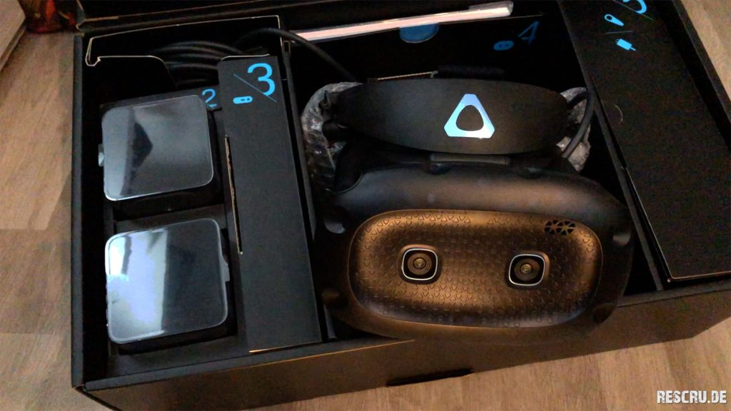 HTC VIVE Cosmos Elite_4